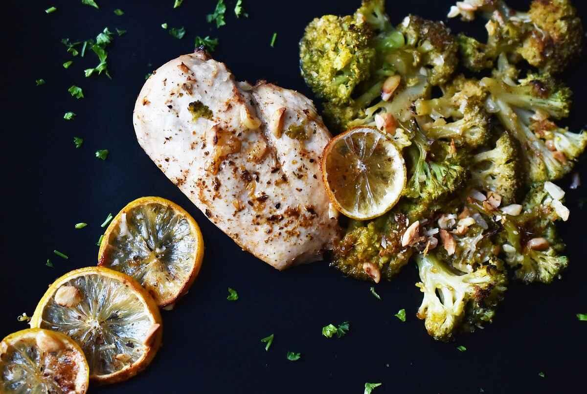 petto di pollo broccoli